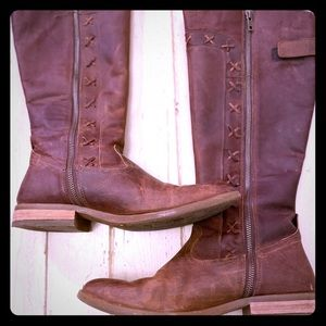 Born Albi Brown tall boot size 10 very comfy